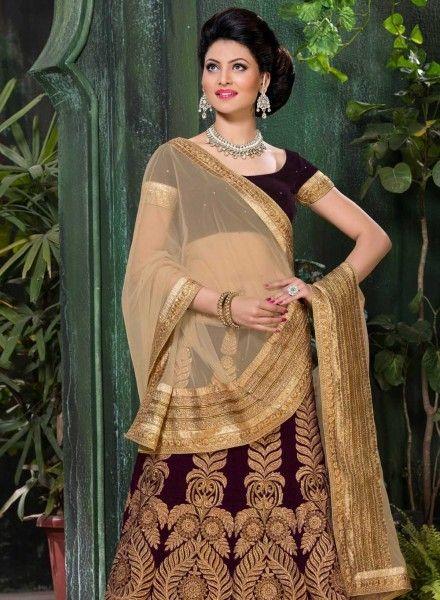 Maroon wedding wear Punjabi lehenga choli in velvet E15721. USD - $212.06 (Gravity-Fashion.com)