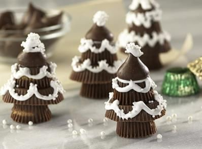 """HERSHEY'S Chocolate Candy Trees - so simple even the little kids could do these (and you could use """"shoe string candy"""" to make the garland a little easier ... using a dab of frosting to hold the loops).  FUN!"""