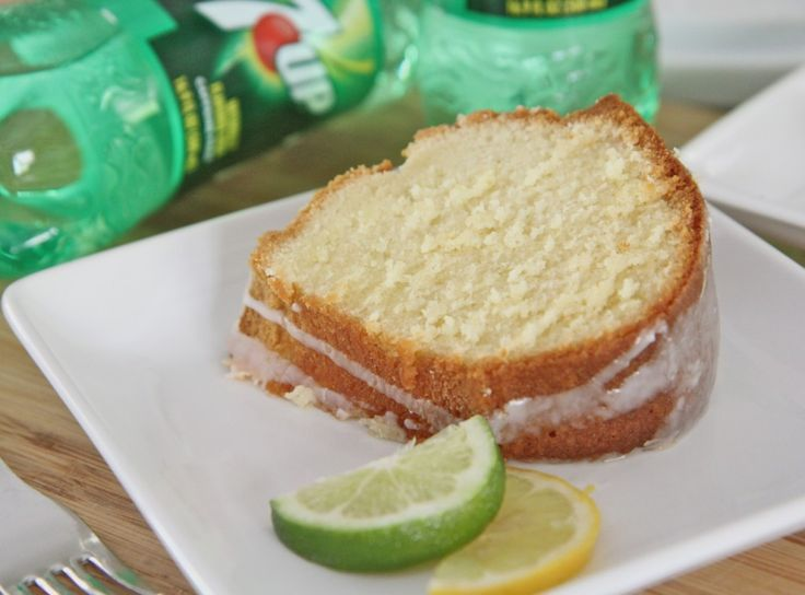 Old Fashioned 7-Up Pound Cake Recipe | Divas Can Cook