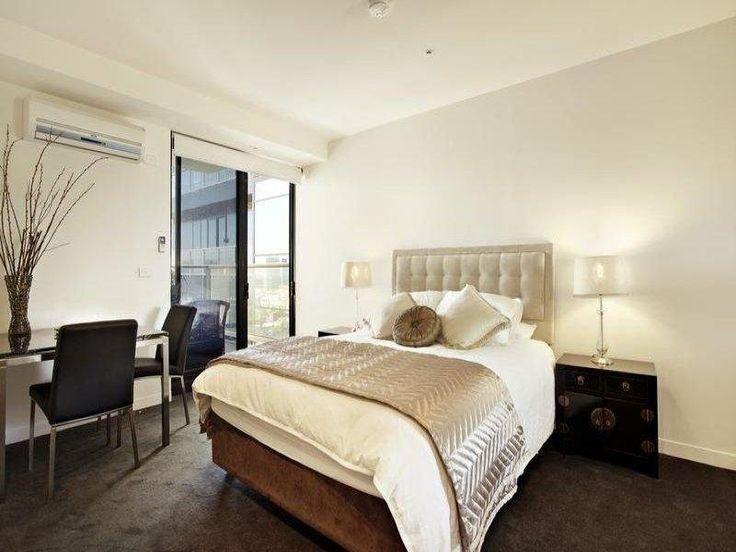 Best 25 Brown Carpet Bedroom Ideas On Pinterest Dark