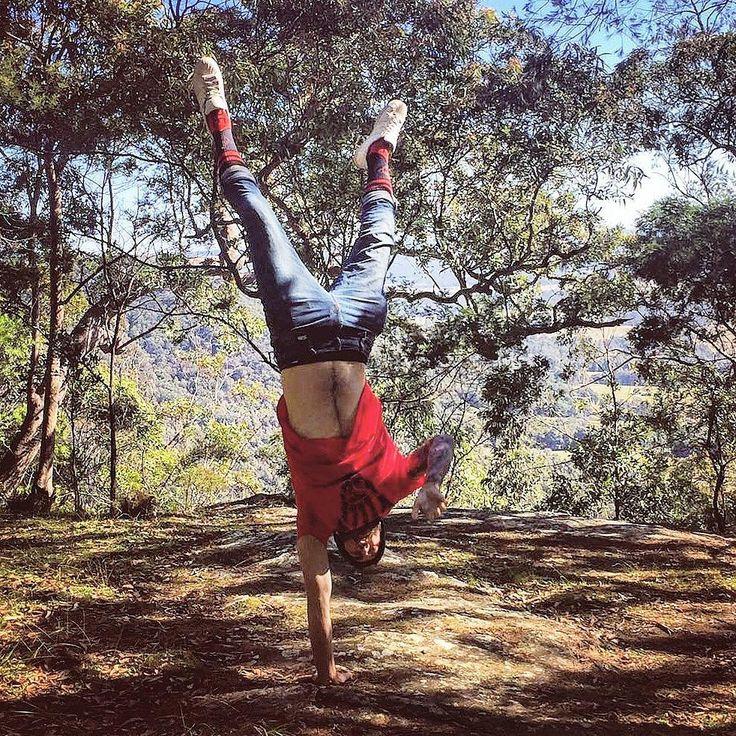 4 days off work got me like   @stancesocks @bethesda @the_movement_collective #4dayweekend #timeoff #stancesocks #bethesda #shirt #eso #photographer #forest #woods #goexplore #travelandlife #explore #Adventure #australia #nsw #newcastle #handstand #onehand #onehanded #motivation #vegan #veganguy #socks #vegains #fuckcruelty