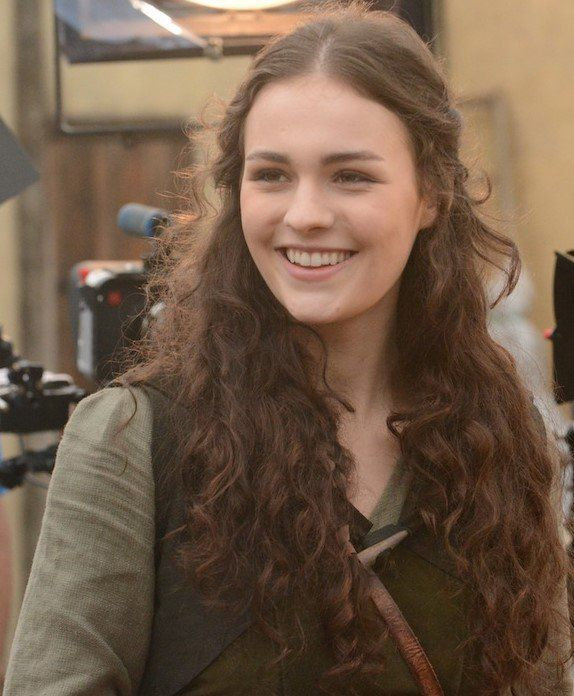 Introducing Sophie Skelton as our new Brianna
