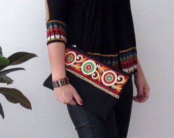 Boho Style Bag, Bohemian Clutch, Ethnic Clutch, Burlap Handmade Handbag, Floral Clutch, Womens Bag, Clutch Purse  A fashion statement that will catch everyones attention! This boho style bag will bring elegance to your style. It will be chic with jeans or dresses and you may use this clutch bag both day and night. This clutch bag is perfectly handmade with high quality jean blue jute fabric. Designed with a silk bohemian embroidery and tassel. Clutch has an interfacing and a padding inside…