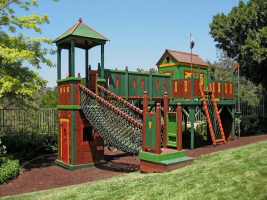 Best 25 play fort ideas on pinterest shed fort ideas for Play fort ideas