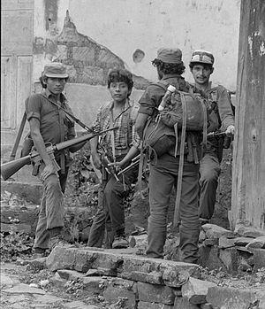 ERP combatants Perquín 1990 55.jpg