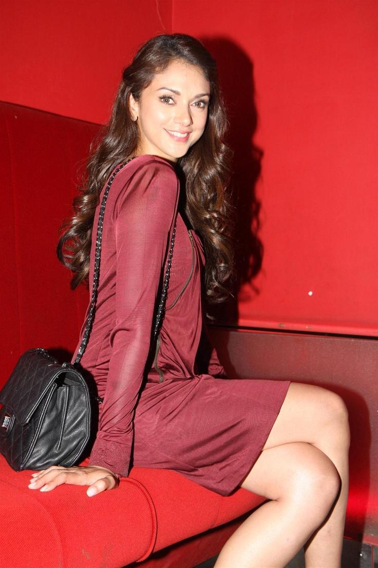 Aditi Rao Hydari At Murder 3 Special Show for Women.