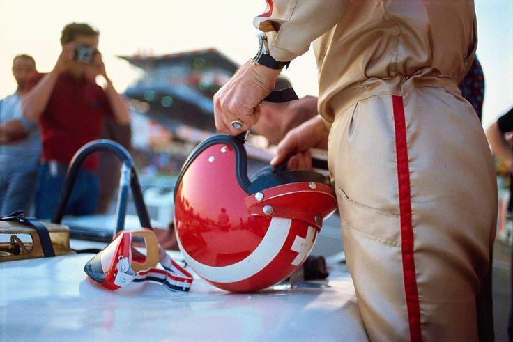 Jo Siffert (Lotus-Ford) Grand Prix de France - Charade - 1969