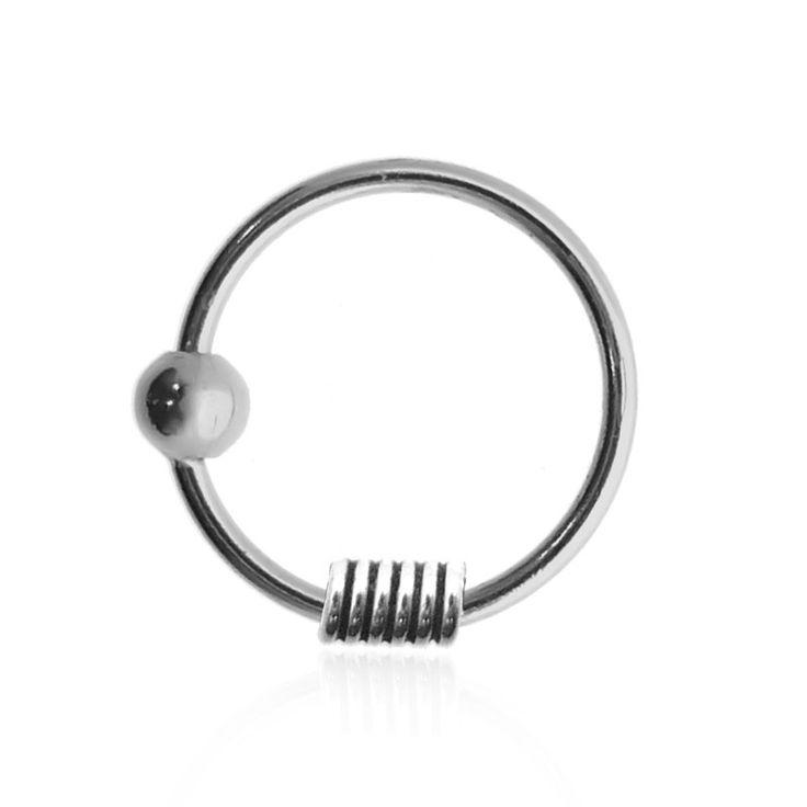 Anneau de piercing en argent pour le nez #piercing #piercings #piercinghelix #piercingtragus #bijou #bijoux #tendance2017 #nosepiercing #piercingring #jewelry #goldpiercing #bodyart #tattoo #tatouage #nosering #anneaunez