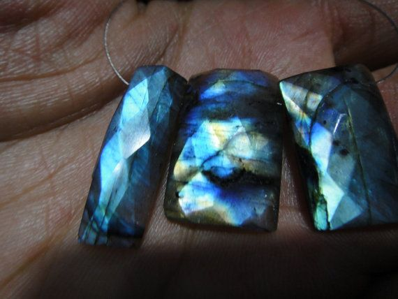 56 Ct's LABRADORITE Gemstone Size: 13-27x15x25.mm by manzoorgems