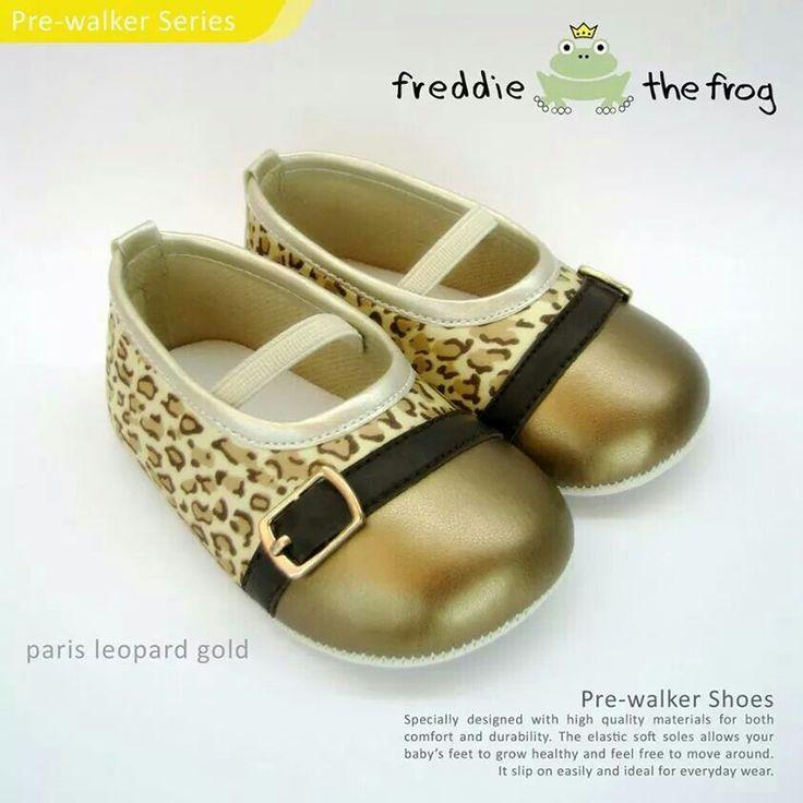 #Sepatu freddie the frog (Paris leopard gold) ~ 90ribu. Ukuran Sol : No. 3 = 11 cm (untuk umur sekitar 0-6 bulan-) No. 4 = 11.5 cm (Sekitar 6-9bulan-) No. 5 = 12 cm (Sekitar 9bln-1 tahun-)