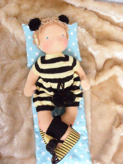 Lalki waldorfskie - LalaBella: Pszczółka Maja