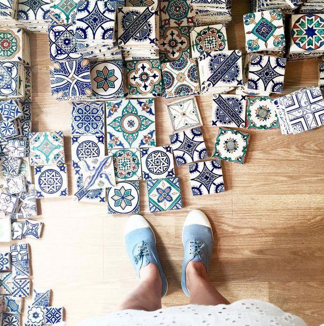Customiser la table du balcon en s'insirant de la mosaïque marocaine