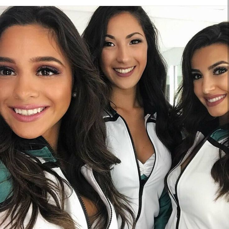 Eagle Chicks are the best  Some eagle cheerleaders:) #FlyEaglesFly#bleedgreen#Birdgang#NFL#football#philadelphia#eagles#PhiladelphiaEagles#goeagles#gobirds#eaglesnation#eaglenation#phillyfootball#dallascowboyssuck#RedskinsSuck#giantssuck#cityofbrotherlylove#Philly#eaglesfam#EaglesCountry#eaglespride#goeagles#calieaglesfam