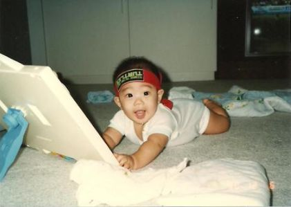 OMG! Ryan as a baby! Fangirling so much right now!!!