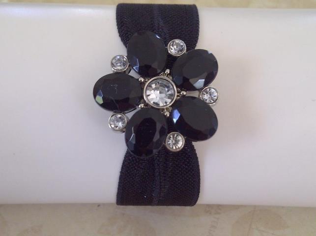 Noir Flower $5