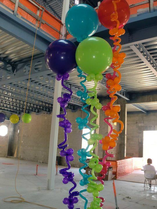 3 Ft Balloons w Squiggly Strings