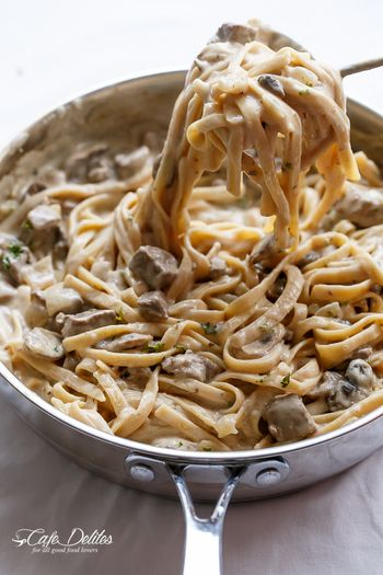 ホームパーティ何作ろう? おしゃれなおもてなしレシピまとめ   キナリノ 材料> ・フェットチーネ(なければ普通のパスタ麺) 500g ・玉ねぎ