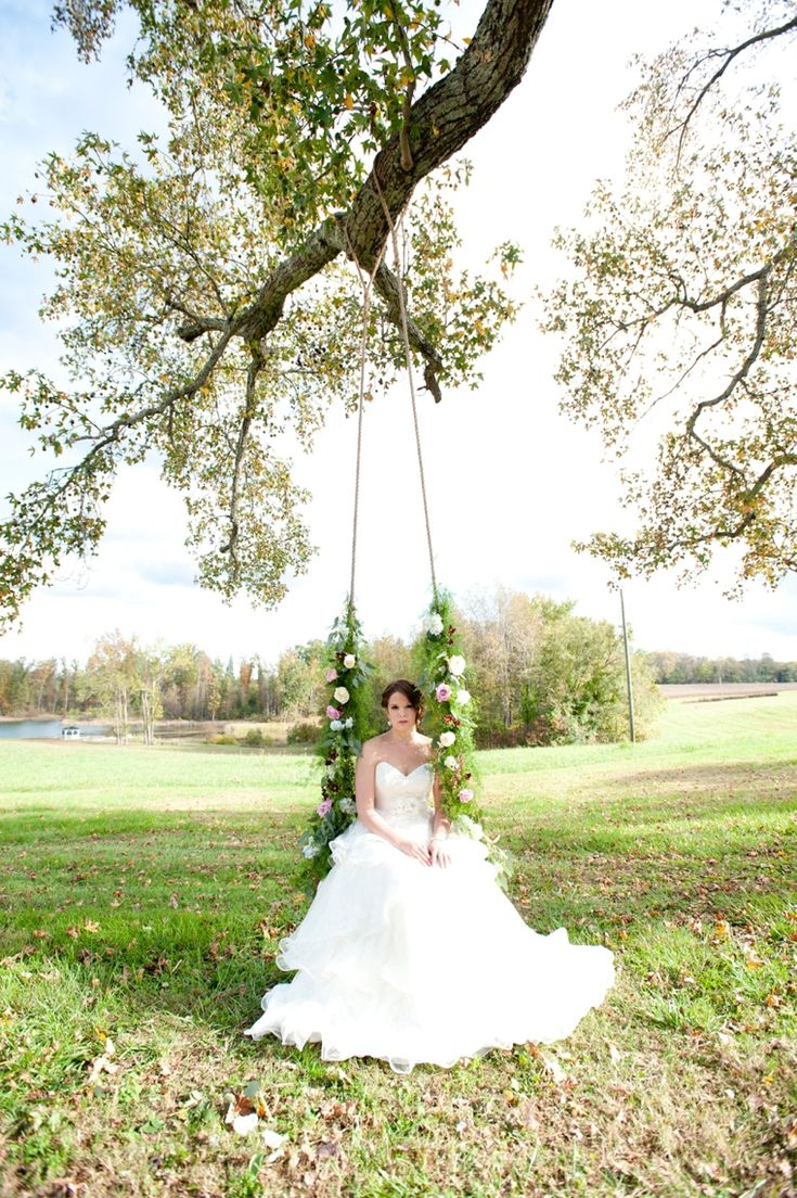 Kim Moody Design & Jessica Maida Photography on Every Last Detail!Wedding Inspiration, Maida Photography, Eclectic Virginia, Design Ideas, Virginia Wedding, Lucky Magazines, Flower Swings, Ideas Photography, Wedding Pins