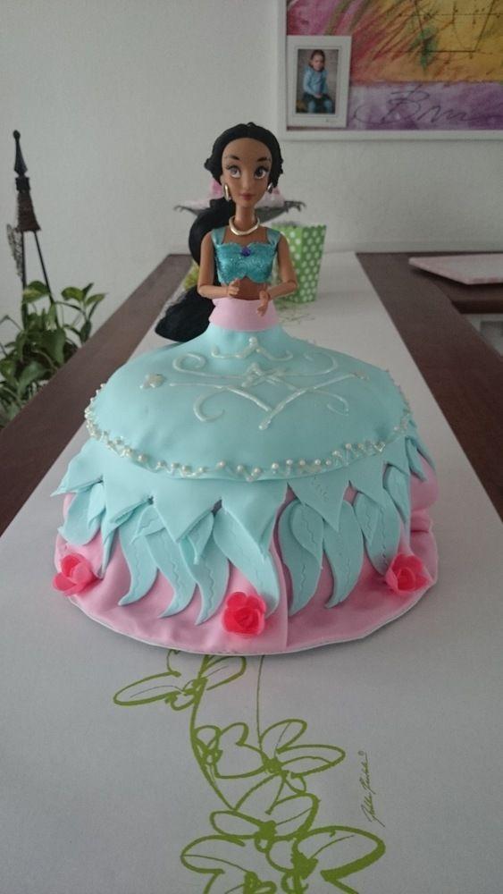 Prinsessakakku - Jenni - Aina on aihetta leipoa kakku -kilpailun satoa 15.4. - 16.6.2014 https://www.facebook.com/leivojakoristele