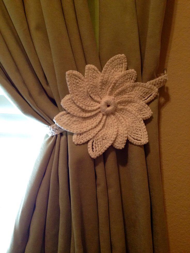 Crochet Curtain Tiebacks (1 pair) - white flower by JinesCrafts on Etsy