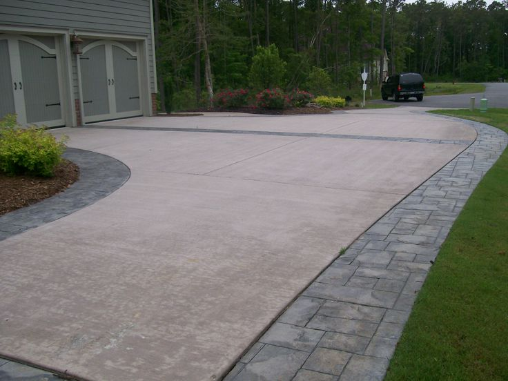 17 best images about driveway on pinterest circles for Cement driveway ideas