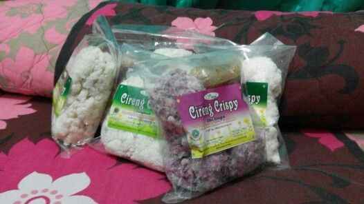 Indonesian Food, Cireng Crispy. Original & Purple Potato Flavor. For more information and order. Contact us : BBM : 5279B81A Whatsapp : +6281310777881