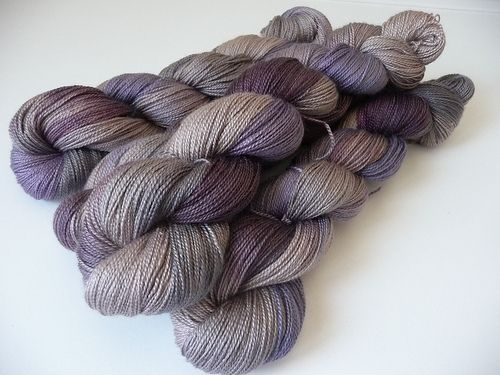 Smooth 50% merino 50%silk 50g/ 400m,360 yards, lace weigth