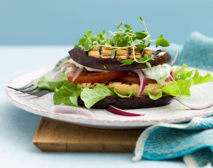 Ta en vegetarisk dag och gör denna goda och lätta rätt med lågt kolhydratvärde