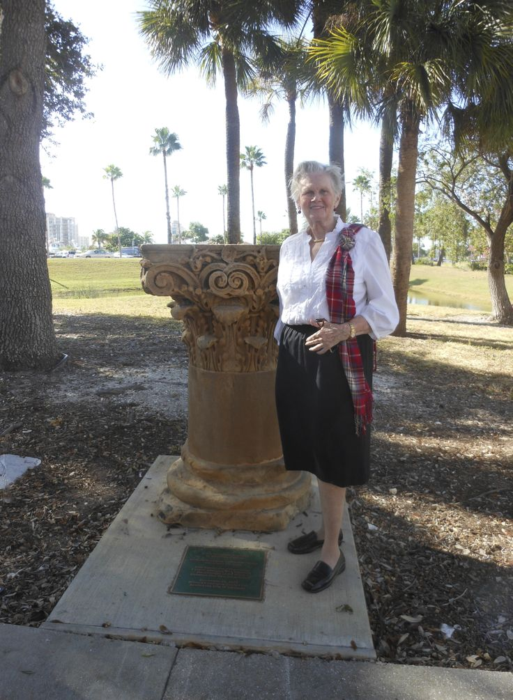Caledonian Club member Eileen Rowett Brons by the Corinthian Column at the corner of Main St. & Gulfstream Ave commerating the founding of the City of Sarasota at the point of landing in 1885 of the Scot founders of the City of Sarasota