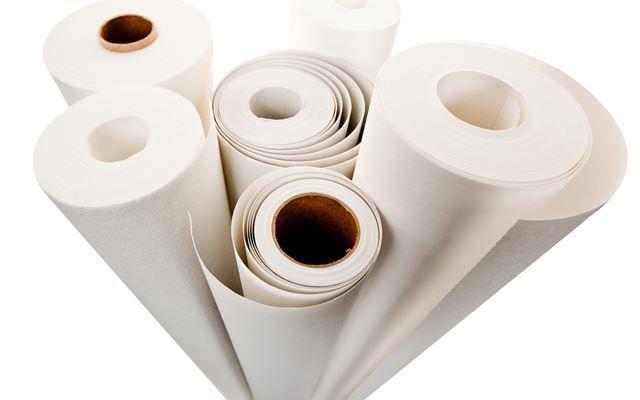 Renoveringsduk finnes i flere typer og tykkelser som dekker ulike grader av ujevnheter. På markedet har produktene navn som Leco-Dekk, Recover, Veggfornyeren, renoveringsduk og så videre.