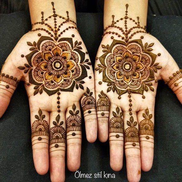"""""""#henna #hennaart #hennalove #instagood #instalike #hintkinasi #hintkınacısı #kinaci #kına #kınacı #kinagecesi #kuaför #gelinlik #kozmetik #makeup #makyaj #güzellik #kızlar #bakım #moda #model #çizim #flowers #tasarim #model #art #hit #stil #doğal #nature @hennastyle_hintkinaci_istanbul #küçükçekmece"""" by @hennastyle_hintkinaci_istanbul. #ganpatibappamorya #dilsedesi #aboutlastnight #whatiwore #ganpati #ganeshutsav #ganpatibappa #indianfestival #celebrations #happiness #festivalfashion…"""