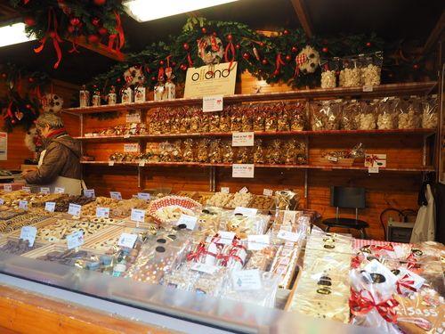 Christmas_Market_Strasbourg_Biscuits.jpg