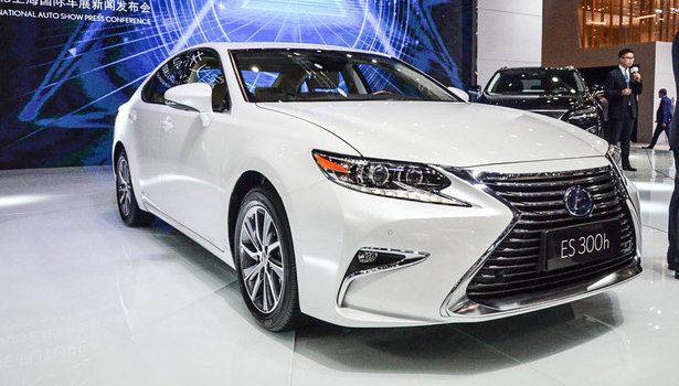 2016 Lexus ES - exterior features