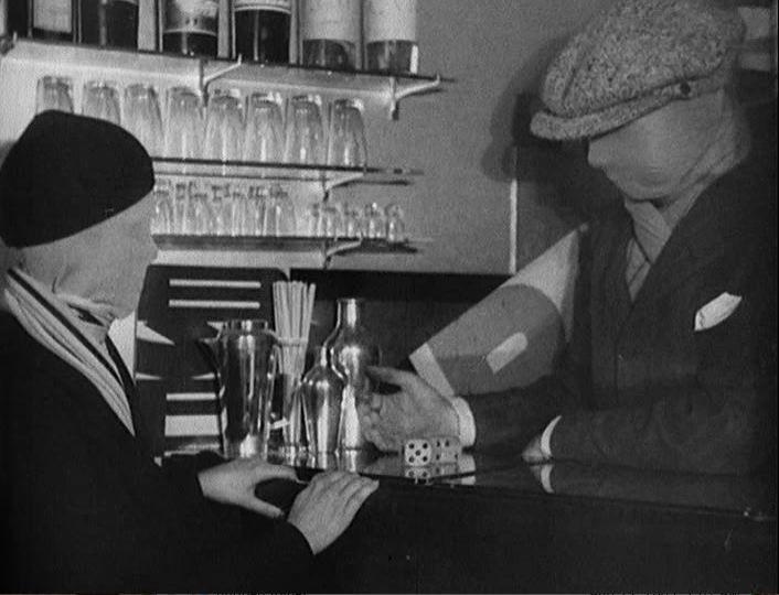 Les mystères du chateau de Dé. Dir. Man Ray (1929)