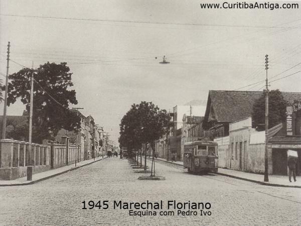 Rua Marechal Floriano Peixoto com Rua Pedro Ivo - 1945