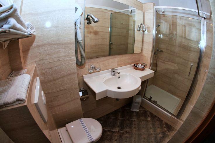 Łazienka przy pokoju dla Gości.