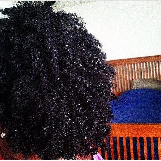 By @naturalencouragement via @RepostWhiz app: Parachute Coconut Oil shine and moisture for days. My hair @lit26 (#RepostWhiz app)