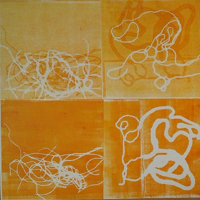 Playing with pieces of string #learningprintmaking  #printmaking