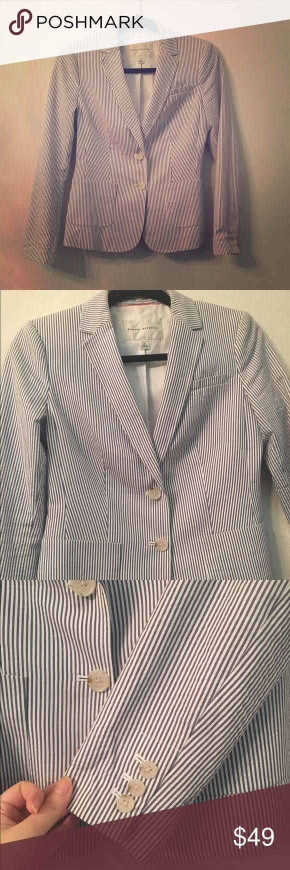 BR seersucker jacket Banana republic pinstripe seersucker jackets. The pinstripe is shades of blueish grey. Two buttons and two front pockets. Size 0P Banana Republic Jackets & Coats Blazers
