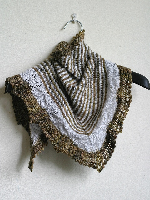 Andrea's Shawl by Kirsten Kapur    Yarn | Spunkyarn Starry Starry Sockyarn 100gm {Col: Deep Olive} ... Bendigo Woollen Mills 200gm {Col: Offwhite} ... Not all the yarn was used on this project.