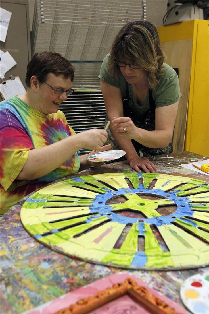 Developmentally disabled adults find their inner artist - Toledo Blade