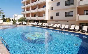Hotel Invisa La Cala  Description: Algemene beschrijving: Welkom bij Invisa La Cala Hotel in Santa Eulalia. Het hotel ligt 200 m van het zandstrand. De dichtstbijzijnde plaatsen vanuit het hotel zijn Es Cana (4 km) San Antonio (24...  Price: 429.00  Meer informatie  #beach #beachcheck #summer #holiday