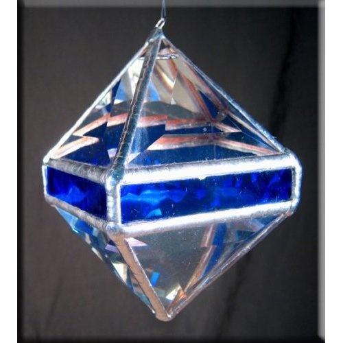 46 best crystal suncatchers images on pinterest for Broken glass crafts