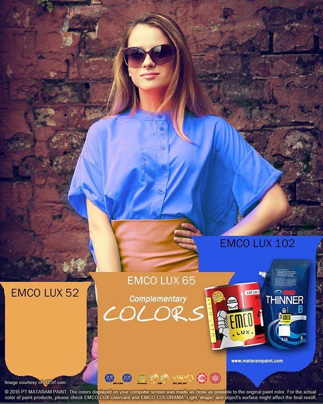 Warna Komplementer  Kawan EMCO, kontras yang elektrik dari suatu paduan warna selalu didasari dengan pola warna komplementer. Dua atau warna komplementer bersifat berlawanan dan akan saling menyeimbangkan saat disandingkan. Kamu bisa mencoba warna komplementer lembut ini: padukan biru muda dengan peach (oranye muda), kuning lemon yang segar dengan ungu lavender. Coba juga redam paduan yang terlalu kontras dengan tambahan warna netral; misalnya warna beige yang netral akan meredam intensitas…