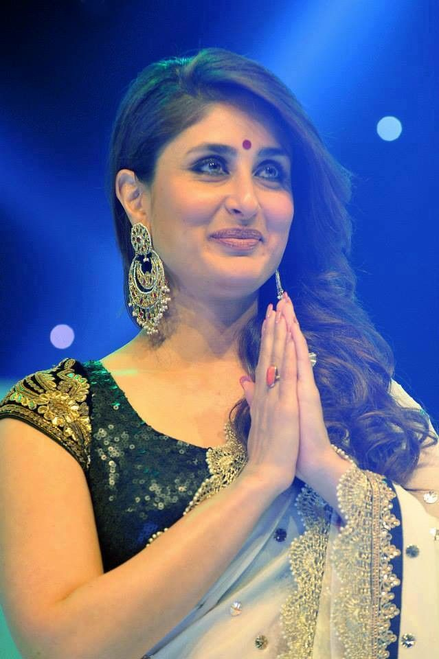 Kareena in saree
