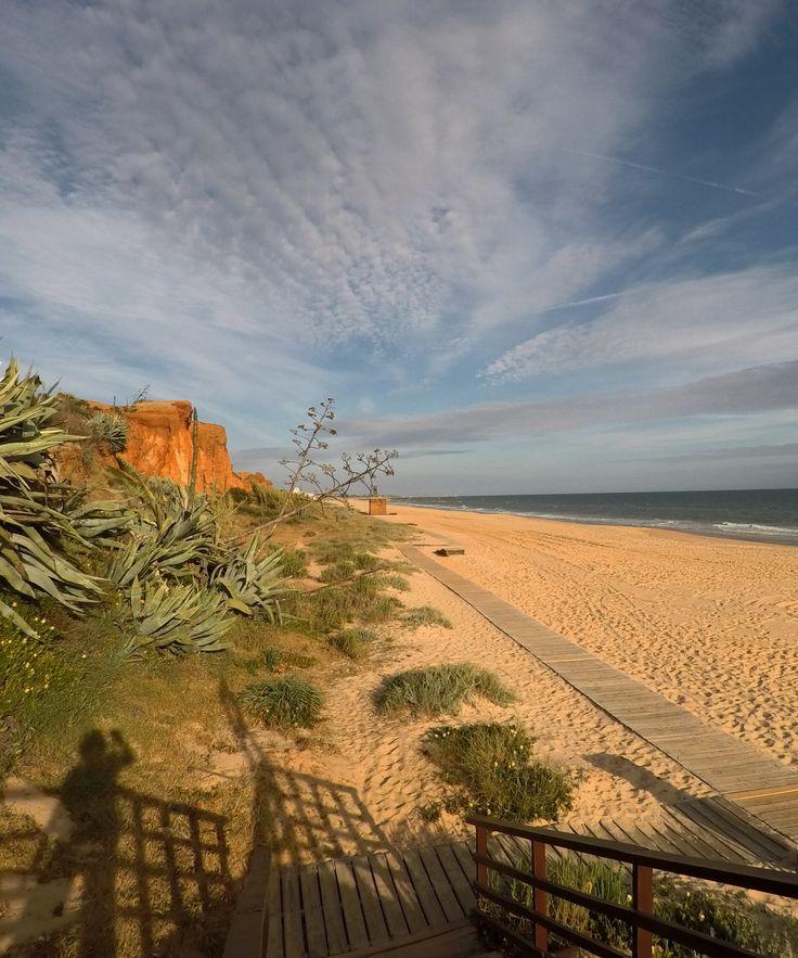 Am Praia da Falesia, zwischen Albufeira und Quarteira - die Algarve im Winter. Traumhaft leere Strände :-D