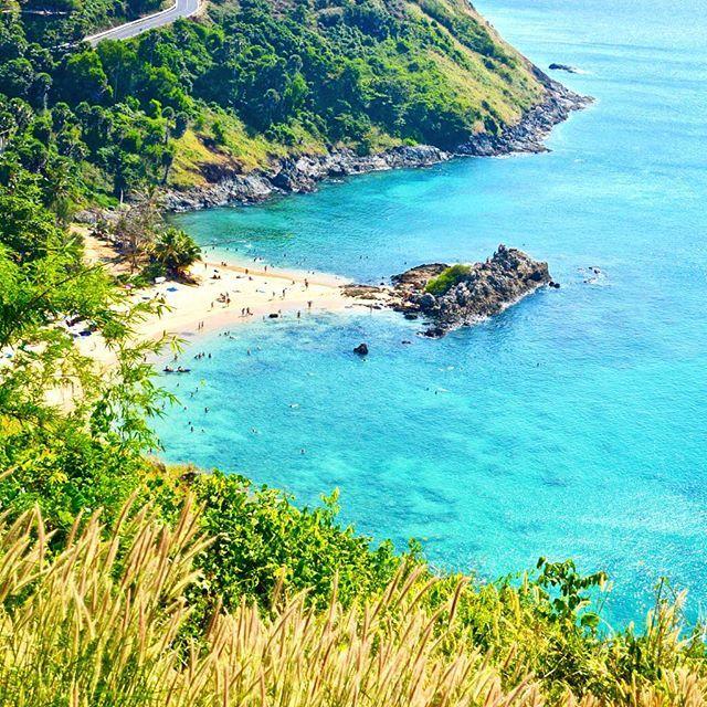Les bords de route de l'île de Phuket cachent de belles découvertes . #thailande #thai #thailand #phuket #sea