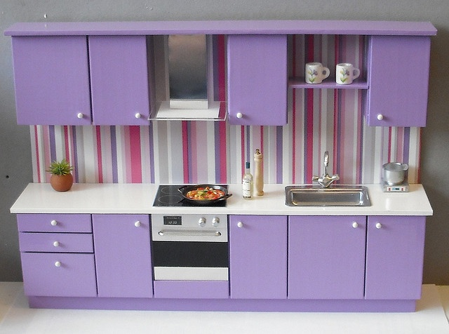 1/12th scale lilac kitchen