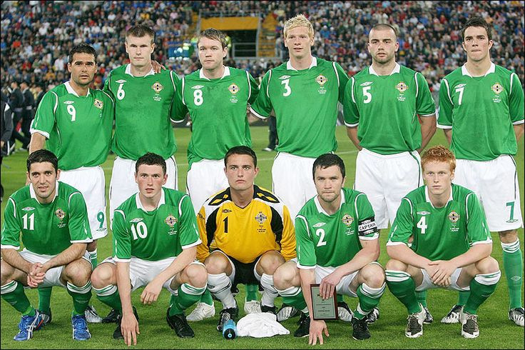 Team Photo of Northern Ireland before they faced Italy in ...