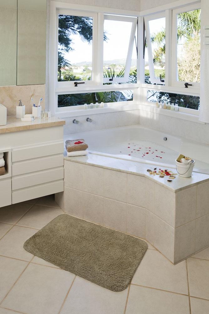 Adorei... E o tapete Finesse combinou demais nesse banheiro!